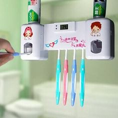 1PC 2 in 1 Automatic Toothpaste Dispenser with 5 Toothbrush Holder Set Wall Mount Stand With Clock