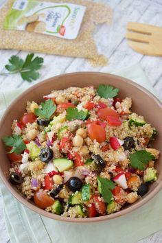 Tofu, Cobb Salad, Quinoa, Picnic, Food And Drink, Cooking Recipes, Vegetarian, Yummy Food, Ice Cream