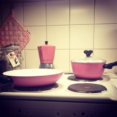 Kitchen stuff. Pink is awesome in so many ways!  #cakepops #pastel #diy #sprinkles #rainbow #pink #mint #green #bandaid #cupcakes #cute #vintage #mason #jar #melon #tomcollins #paper #straw #pastel #cookware #kitsch #kitchen