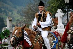 Romanian People and Culture - Bing images Medieval Costume, Folk Costume, Romanian Men, Romania People, Still In Love, Moldova, We Are The World, Central Asia, My Heritage