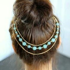 Hair accessory idea for spring and summer. As well as beachy areas.