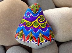 Happiness / Painted Rock Sandi Pike Foundas / Cape Cod Beach Stone www.LoveFromCapeCod.etsy.com
