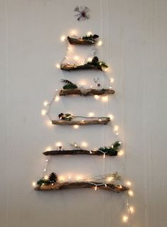 DIY Alternative Christmas Tree - 13 Magical Indoor and Outdoor Christmas Lights Decor Ideas Christmas Lights Garland, White Christmas Lights, Wooden Christmas Trees, Xmas Tree, Christmas Decorations, Wall Decorations, All Things Christmas, Christmas Crafts, Modern Christmas