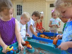 Paula's Preschool and Kindergarten: Back to school week - digging in the dirt