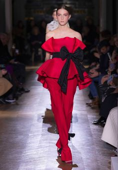 Valentino - Haute Couture Spring/Summer 2020 - Look 14