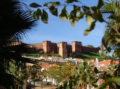 Silves Castle - Portugal Silves Portugal, Silves Algarve, Places To Travel, Places To Visit, Best Golf Courses, Visit Portugal, European Vacation, Portuguese, Seattle Skyline