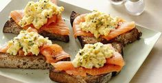 scrambled egg with smoked salmon