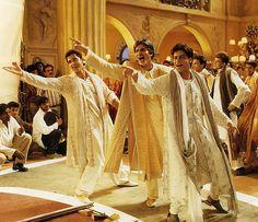 """Hrithik Roshan, Amitabh Bachchan & SRK in """"Kabhi Khushi Kabhie Gham"""" (2001)"""