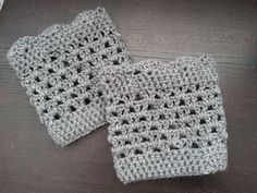 Crochet from J: Lacy Scalloped Boot Cuff- simplified boot cuff pattern