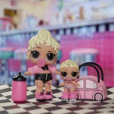 Pink Baby y Lil Pink Baby han quedado con el resto del Retro Club para tomar un batido en su cafetería favorita!   #LOLsurprise #lolsurprisedolls #comunidadlol #collectlol #dolls #doll #toys #toy #muñeca #juguete #collect #LOLSurpriseSerie2