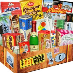 Die XXL DDR-Süßigkeiten-Box enthält viele leckere Süßigkeiten und andere Produkte aus der DDR. Es war halt nicht alles schlecht im Osten.