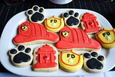 Cute Firefighter Birthday Party - Cute Firefighter Birthday Party Fireman Party Fun: Firefighter Birthday Party – A Blissful Nest 3rd Birthday Boys, Fireman Party, Firefighter Birthday, Birthday Ideas, Firefighter Cakes, Fireman Cake, Birthday Party Desserts, 4th Birthday Parties, Fire Truck Birthday Party