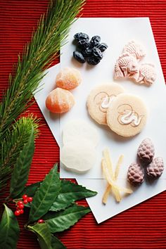 Japanese New Years's confectioneries Japanese Sweets, Japanese Food, Japanese Style, Japanese New Year, Turning Japanese, New Year's Desserts, New Year's Food, Happy Foods, Nouvel An