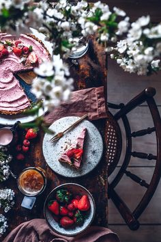 Gluten-free no-bake Strawberry Tart with a Date-Cashew Crust - Our Food Stories
