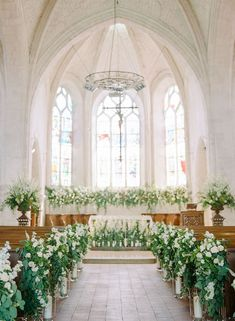 elegant wedding An Elegant Chateau Wedding in Frances Loire Valley - Wedding - Wedding Tips, Wedding Venues, Dream Wedding, Wedding Favors, Wedding Invitations, Wedding Cake, Wedding Aisles, Wedding Souvenir, Wedding Destinations