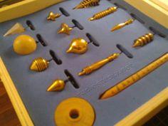 Aprenda a criar uma caixa de pêndulos personalizada. http://radiestesia.net/loja/caixa-de-pendulos-para-radiestesia/
