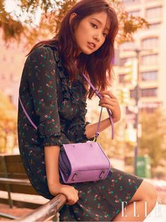 Park Shin Hye Spotted In New York For October 2017 Elle | Couch Kimchi