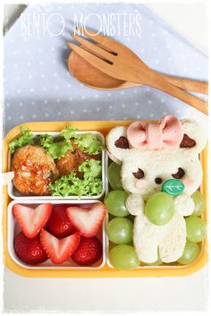 - Cutie Hamster is holding grape - lunch for college - Bento Ideas Bento Box Lunch For Kids, Kids Packed Lunch, Cute Bento Boxes, Kawaii Bento, Cute Food, Good Food, Braces Food, Bento Recipes, Bento Ideas