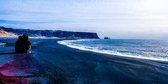 Schwarzer Lavastrand auf Island