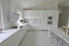 Coconut White: Meidän uusi valkoinen keittiö