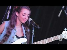 "Alissia, ""Let it Out"" - Live at Berklee College of Music - YouTube"