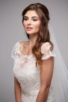 Makeup by Jodie are a team of talented hairdressers + makeup artists working across the UK specialising in weddings. Wedding Hairstyles Half Up Half Down, Down Hairstyles, Bridal Makeup, Wedding Makeup, Bridal Hair Inspiration, Hairdresser, One Shoulder Wedding Dress, Wedding Dresses, Hair Styles