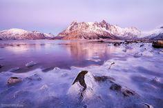 Sunset over frozen lake in Lofoten Norway. [OC] [1280x853]