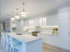 167 Simpsons Road Bardon Qld 4065 - House for Sale Hamptons Style Homes, Hamptons House, Diy Kitchen, Kitchen Decor, Kitchen Ideas, Country Kitchen, Kitchen Counters, Kitchen Inspiration, Kitchen Backsplash