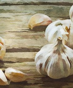 Garlic can do your health a world of good, but not when it comes from China. Find out how Chinese garlic can be toxic to your health and how to shop wise. Healthy Tips, Healthy Recipes, Healthy Food, Fitness Diet, Health Fitness, Chinese Garlic, Heavy Metal Detox, Garlic Benefits, Herbal Detox