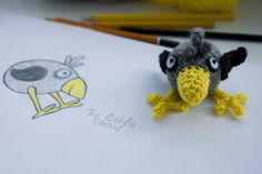 tinyAlchemy: geeky amigurumi and crochet Treble Crochet Stitch, Single Crochet Stitch, Double Crochet, Crochet Stitches, Crochet Birds, Crochet Faces, Crochet Animals, Bird Free, Crochet Keychain