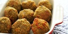 Baked Curry and Mint Falafels by Vonnix Good Healthy Recipes, Healthy Snacks, Vegetarian Recipes, Vegan Meals, A Food, Good Food, Falafel Recipe, Baked Falafel, Hungarian Recipes