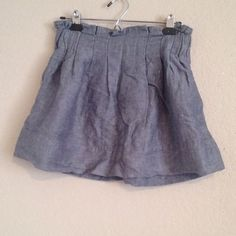 Adorable Skirt It has pockets! This skirt is so cute and in great condition! It just needs to be ironed! Forever 21 Skirts Circle & Skater