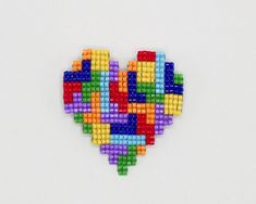 Colorful Beaded Heart Brooch, Handmade Bright Rainbow Heart Pin, Love Heart Jewelry Gift for Her, Artisan Beadwork Gift for Women or Girls - ビーズ細工 Beading Projects, Beading Tutorials, Jewelry Patterns, Beading Patterns, Easy Diy Gifts, Brooches Handmade, Handmade Jewelry, Rainbow Heart, Pony Beads
