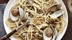 How to Make Linguine with Clam Sauce - FineCooking