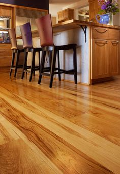 Google Image Result for http://www.wideplankflooring.com/images/project_images/exploreourfloorsdetails-hickory-kitchen-378x550.jpg