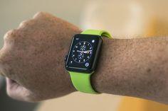 Resultado de imagem para apple watch space gray bands Apple Watch Space Grey, Apple Picture, Sport Watches, Smart Watch, Tech, Green, Modern, Image, Smartwatch