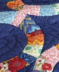 Piccadilly Quilt and Sham- love these colors.