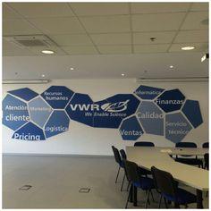 Decoración oficinas #PVC 40mm y #Vinilo