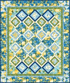 Rose Trellis designed by Robert Kaufman Fabrics. Features Victoria Gardens by Studio RK, shipping to stores June 2017. FREE pattern will be available for download in March 2017 from robertkaufman.com #FREEatrobertkaufmandotcom