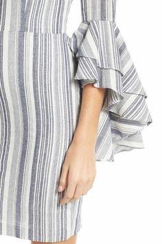 Kurti Sleeves Design, Sleeves Designs For Dresses, Sleeve Designs, Dresses With Sleeves, Kurta Designs, Blouse Designs, Diwali Dresses, Sewing Sleeves, Pakistani Dress Design