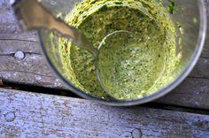 Raw and Creamy Paleo Cilantro Sauce Cilantro Pesto, Cilantro Sauce, Cilantro Dressing, Primal Recipes, Raw Food Recipes, Healthy Recipes, Apple Cider Vinegar, Raw Vegan, I Love Food