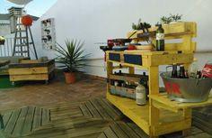 La precaria : Pallet outdoor kitchen