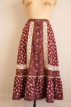 ☆New Listing☆ Vintage 1970s Gunne Sax Skirt! // by TrunkofDresses