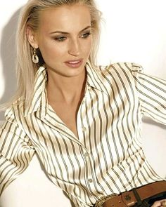 Sexy Blouse, Collar Blouse, Satin Fabric, Silk Satin, Silk Stockings, Satin Shirt, Scarf Shirt, Satin Blouses, White Satin