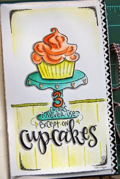 elvie studio: 3 colors, 1 cupcake