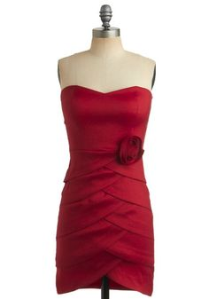Eye-Catching Elegance Dress....don't know where I'd wear it, but I'd find someplace!