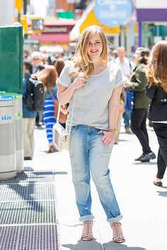 You might not think that boyfriend jeans would be flattering, but that loose, slightly baggy silhouette is, and looser jeans balance out a larger chest.