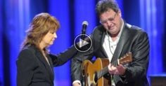 Vince Gill Breaks Down In Tears While Performing 'Go Rest High On That Mountain'