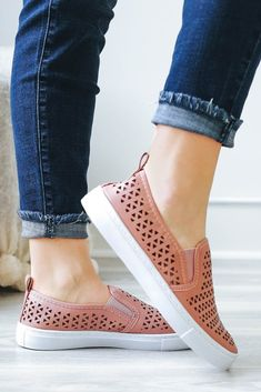 REBA-143D Slip-On Sneakers - UOIOnline.com