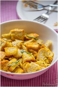 Culinary blog Dry Bread, Fresh Bread, Bread Pakora, Red Chili Powder, Curry Leaves, Coriander, Sweet Potato, Appetizers, Snacks